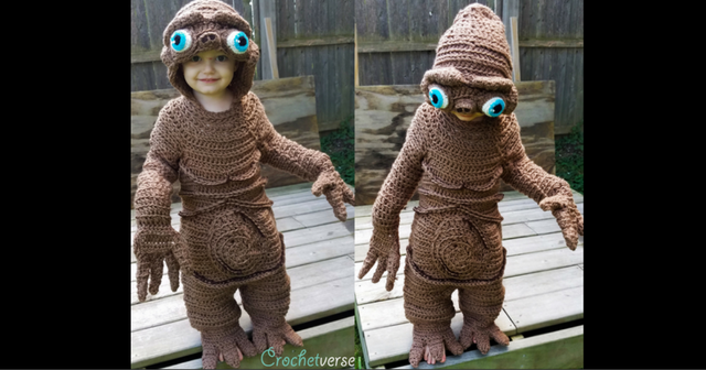 Crochet ET costume
